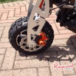 raycool-italia-monopattino-elettrico-omologato-trasportabile-nero-3